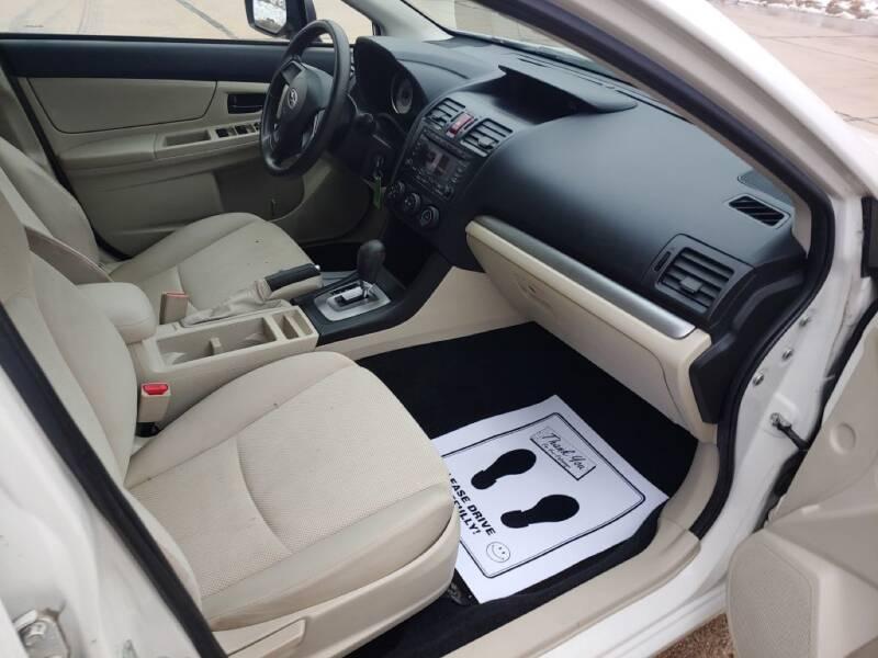 2012 Subaru Impreza 2.0i (image 24)
