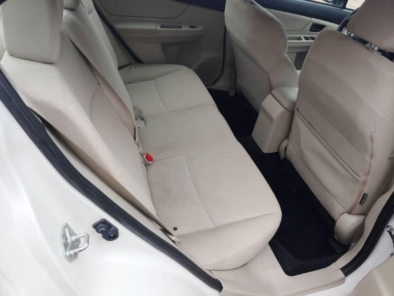 2012 Subaru Impreza 2.0i (image 22)