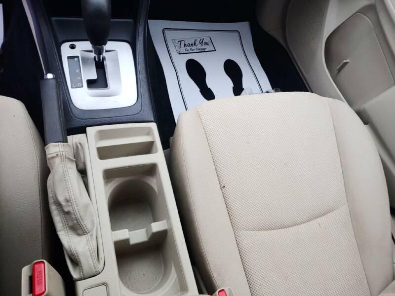 2012 Subaru Impreza 2.0i (image 16)