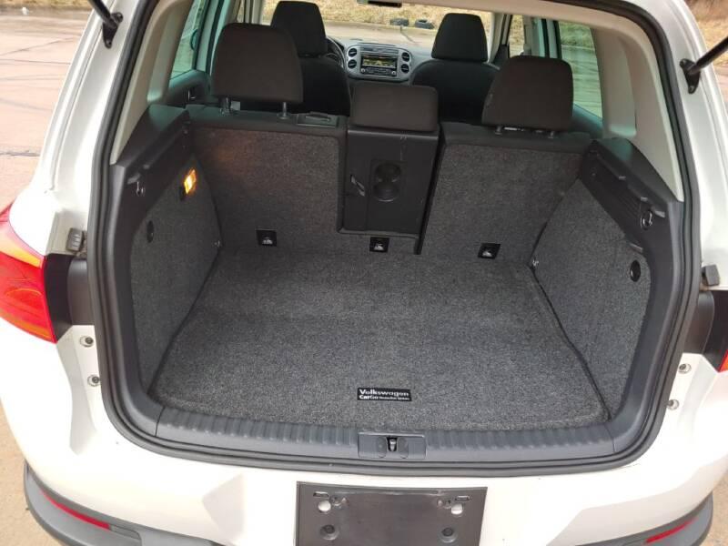 2013 Volkswagen Tiguan (image 21)