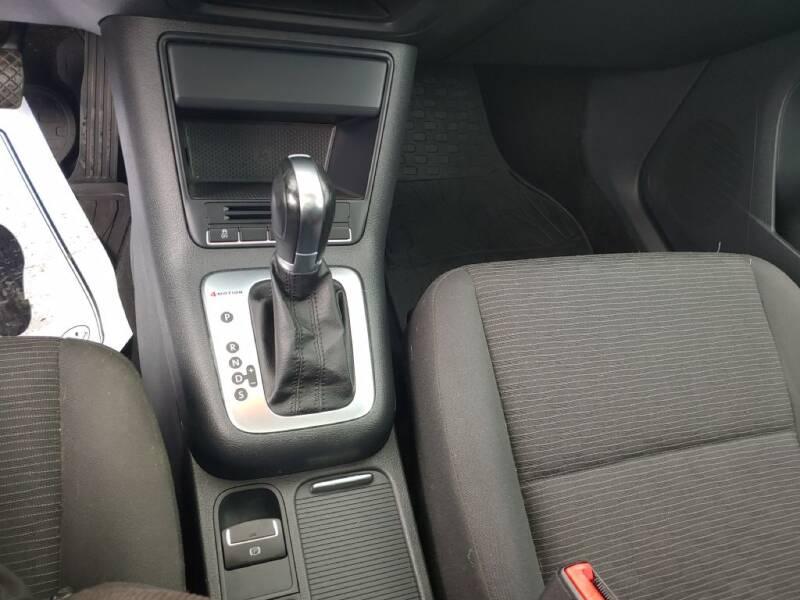 2013 Volkswagen Tiguan (image 15)