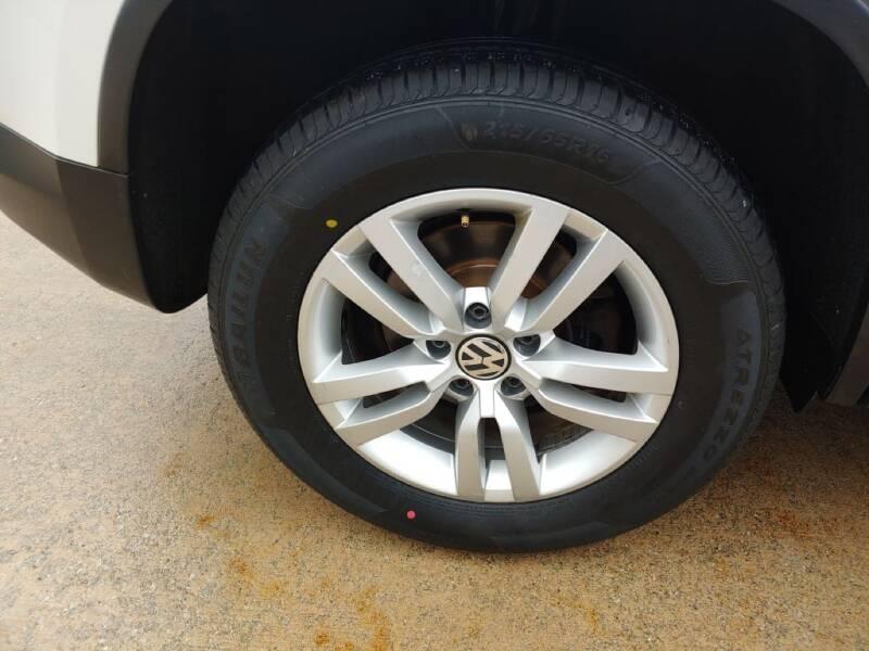 2013 Volkswagen Tiguan (image 26)
