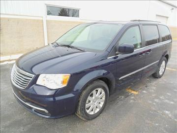 2016 Chrysler Town and Country for sale in Sandusky, MI