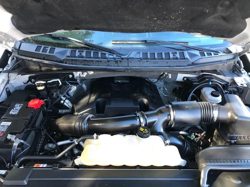 2017 Ford F-150 Lariat (image 20)