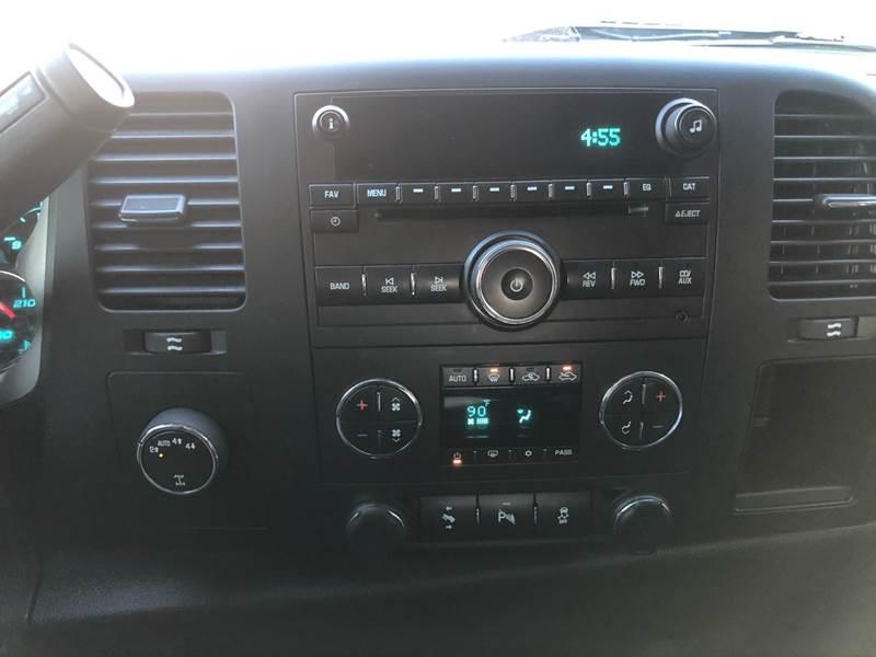 2013 Chevrolet Silverado 1500 LT (image 15)