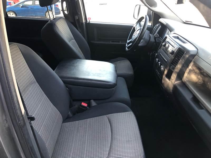 2010 Dodge Ram Pickup 1500 ST (image 12)