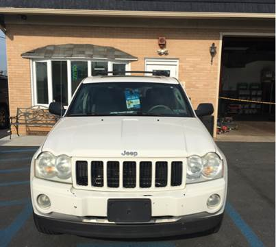 2005 Jeep Grand Cherokee for sale in Whitehall, PA