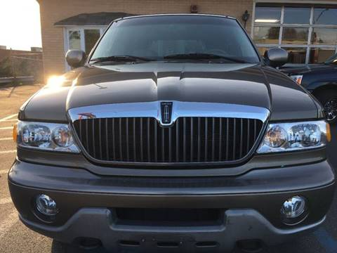 2002 Lincoln Navigator for sale in Whitehall, PA