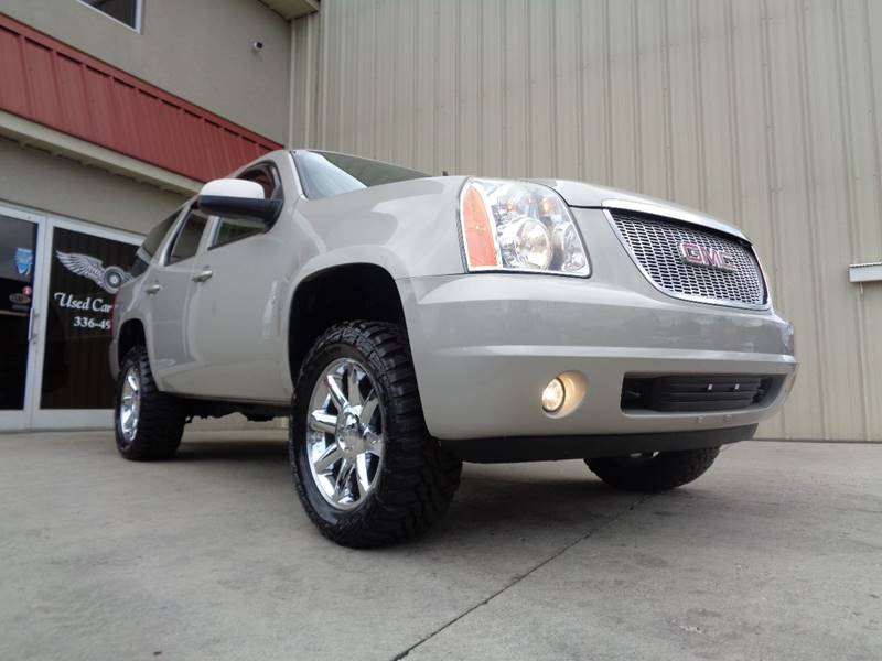 2009 gmc yukon 4x4 sle 4dr suv w 3sa in kernersville nc used cars for sale. Black Bedroom Furniture Sets. Home Design Ideas