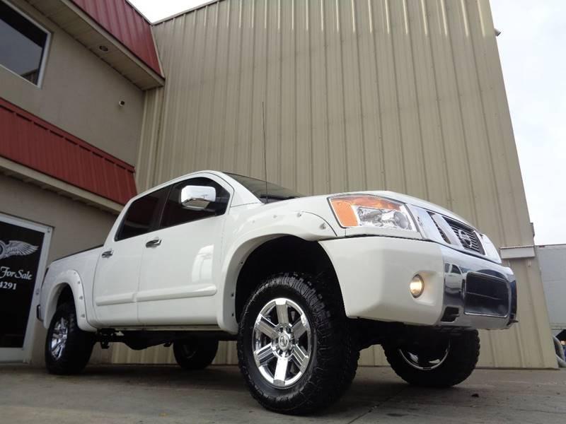 2012 nissan titan 4x4 sv 4dr crew cab swb pickup in kernersville nc used cars for sale. Black Bedroom Furniture Sets. Home Design Ideas