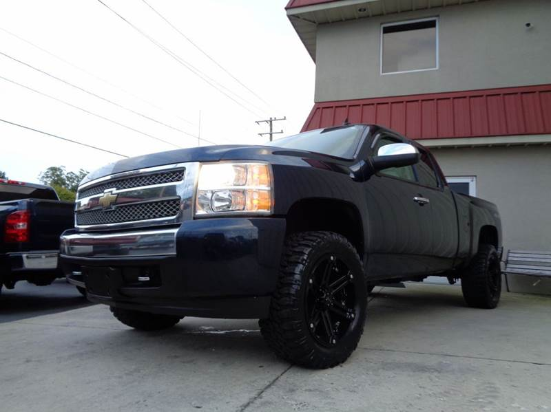 2008 chevrolet silverado 1500 4wd lt1 4dr extended cab 5 8 ft sb in kernersville nc used cars. Black Bedroom Furniture Sets. Home Design Ideas
