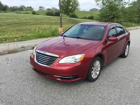 2013 Chrysler 200 for sale in Wauregan, CT