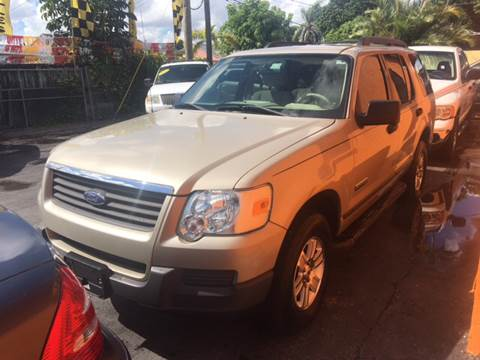 2006 Ford Explorer for sale at Versalles Auto Sales in Hialeah FL