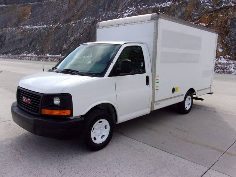 used body box trucks truck covington year for gmc transportation price tennessee sale
