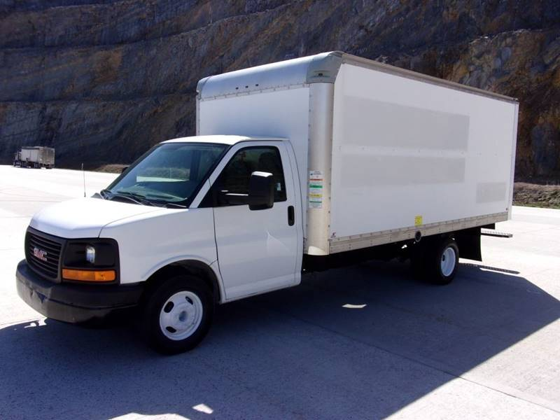 2011 GMC Savana Passenger for sale at Mountain Truck Center in Medley WV
