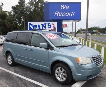 2008 Chrysler Town and Country for sale in Leesburg, FL