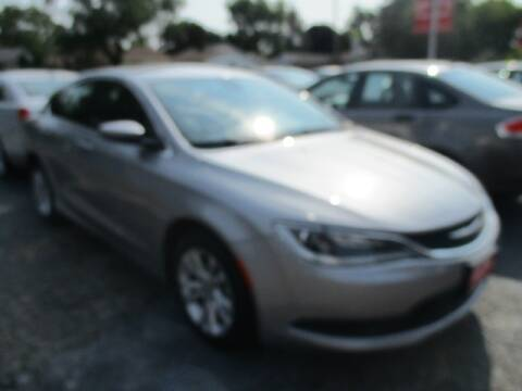 2017 Chrysler 200 for sale at GENOA MOTORS INC in Genoa IL