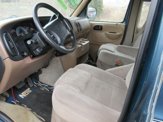 1999 Dodge Ram Van 3dr 1500 Cargo Van - Valparaiso IN