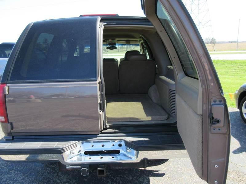 1997 Chevrolet Tahoe 4dr LT 4WD SUV - Valparaiso IN