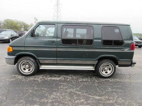 2000 Dodge Ram Van
