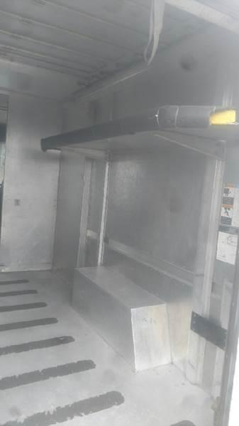 1993 Utilmaster Box Van  - Valparaiso IN