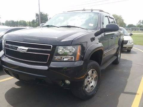 2007 Chevrolet Avalanche for sale at Ghazal Auto in Sturgis MI