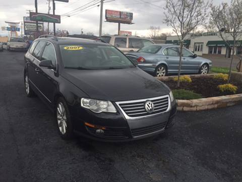 2007 Volkswagen Passat for sale at Six Brothers Auto Sales in Youngstown OH