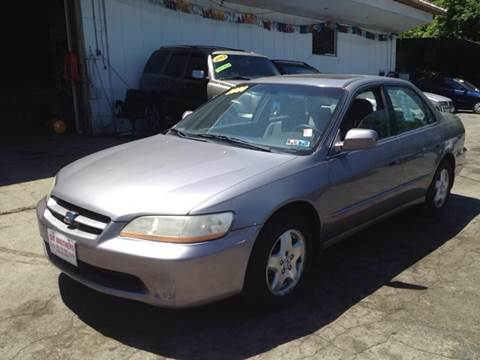 2000 Honda Accord for sale at Six Brothers Auto Sales in Youngstown OH