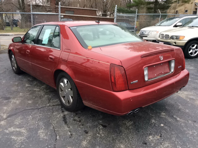 2005 Cadillac Deville Dts 4dr Sedan In Youngstown Oh Six Brothers