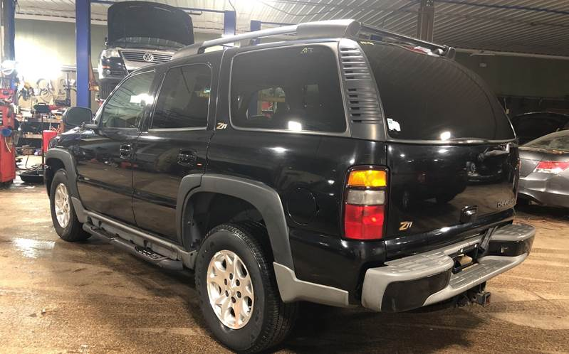 2004 Chevrolet Tahoe LT 4WD 4dr SUV - Youngstown OH