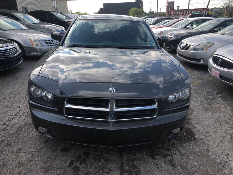 2010 Dodge Charger SXT 4dr Sedan - Youngstown OH