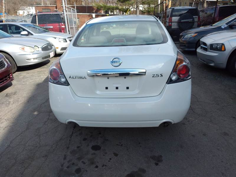 2010 Nissan Altima 2.5 4dr Sedan - Youngstown OH