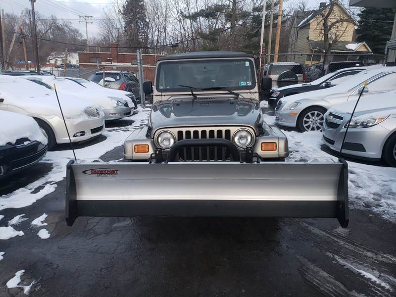 2003 Jeep Wrangler Sahara 4WD 2dr SUV - Youngstown OH