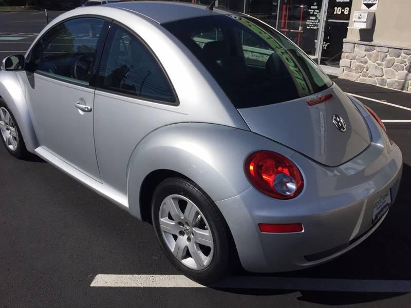 2007 Volkswagen New Beetle 2.5 2dr Hatchback (2.5L I5 5M) - New Holland PA