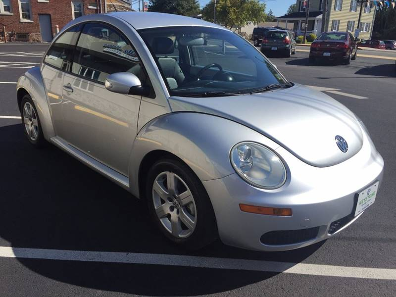 2007 Volkswagen New Beetle 2.5 2dr Hatchback (2.5L I5 5M) - New Holland PA