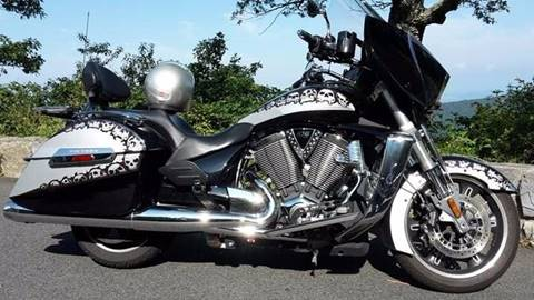 2010 Victory Cross Country Touring