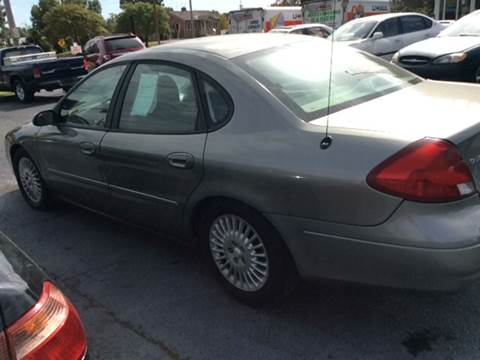 2001 Ford Taurus for sale in Godfrey, IL