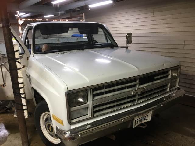 1987 Chevrolet R/V 20 Series 2dr R20 Scottsdale Standard Cab LB - Godfrey IL