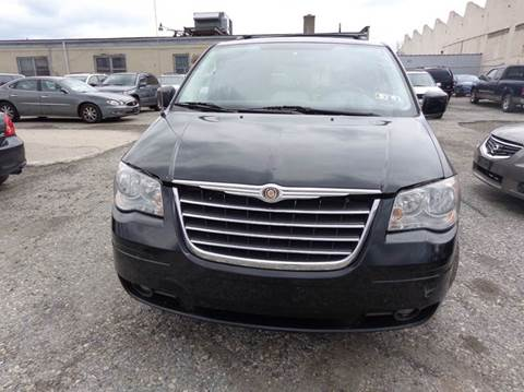 2008 Chrysler Town and Country for sale in Philadelphia, PA