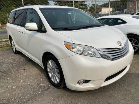 2014 Toyota Sienna for sale at Philadelphia Public Auto Auction in Philadelphia PA