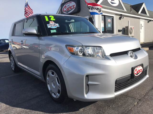 2012 SCION XB BASE 4DR WAGON 4A silver one owner front wheel drive fun to drive plent