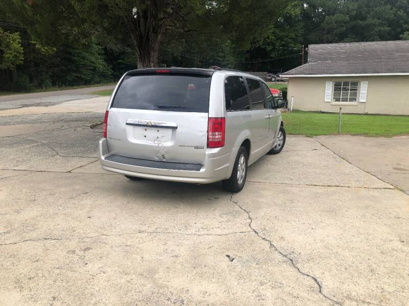 2010 Chrysler Town and Country Touring 4dr Mini-Van - Durham NC
