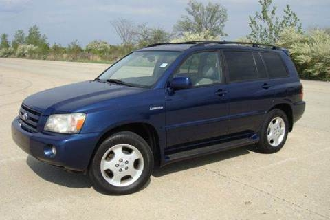 2004 Toyota Highlander for sale at Positive Auto Sales, LLC in Hasbrouck Heights NJ