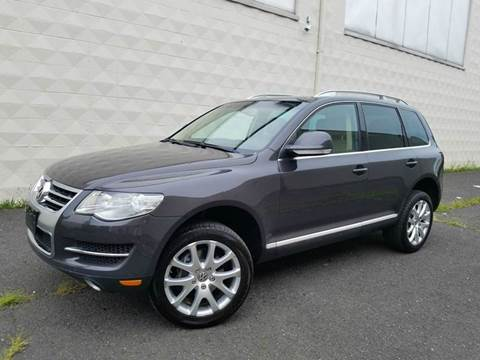 2008 Volkswagen Touareg 2 for sale at Positive Auto Sales, LLC in Hasbrouck Heights NJ