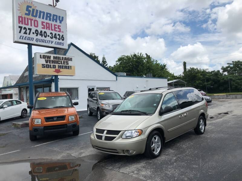 2005 Dodge Grand Caravan for sale at Sunray Auto Sales Inc. in Holiday FL