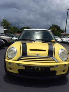 2005 MINI Cooper for sale at Sunray Auto Sales Inc. in Holiday FL