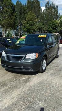 2012 Chrysler Town and Country for sale in Haines City, FL
