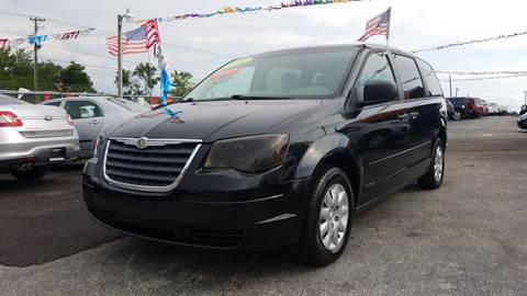 2008 Chrysler Town and Country for sale at GP Auto Connection Group in Haines City FL