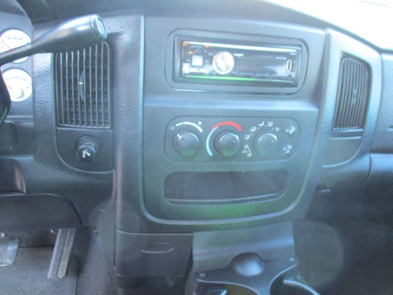 2005 Dodge Ram Pickup 1500 4dr Quad Cab SLT 4WD SB - Hutchinson KS