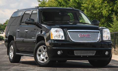 2007 GMC Yukon XL for sale at BAVARIAN AUTOGROUP LLC in Kansas City MO